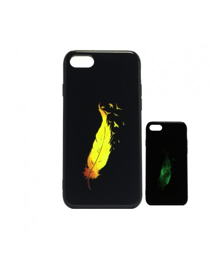 Glow in the Dark Feather Print Case for iPhone 8 / 7